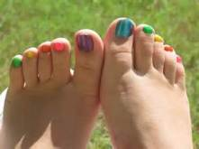 colored toes